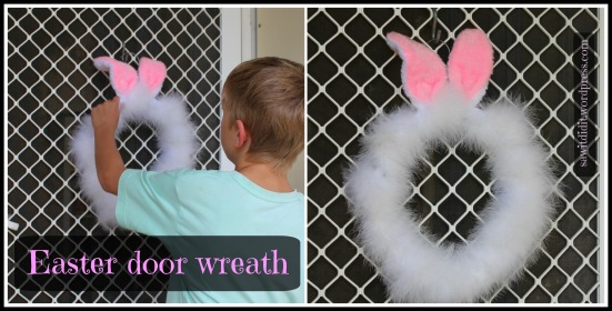 Easter bunny ears door wreath - sawitdidit.wordpress.com