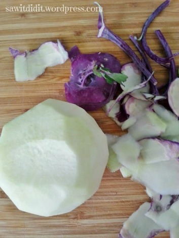 peeled kohlrabi . sawitdidit.wordpress.com