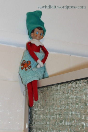 Elf in the bathroom . sawitdidit.wordpress.com