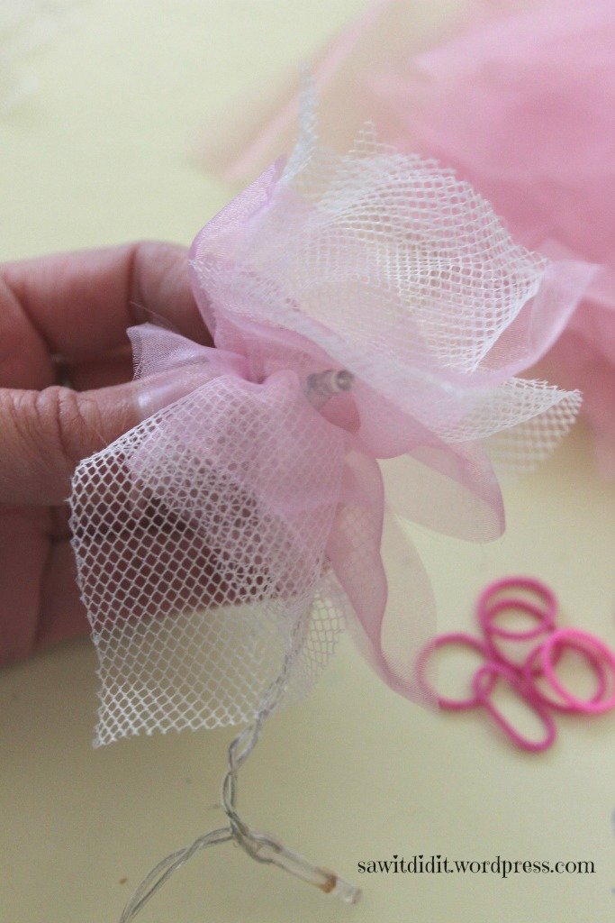 DIY tulle fairy lights 7