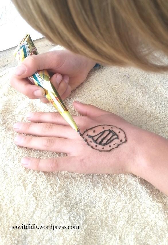Henna tattoo Pokemon 1