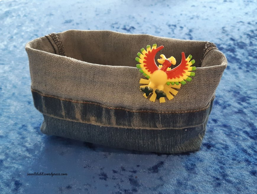 upcycled jean basket 1